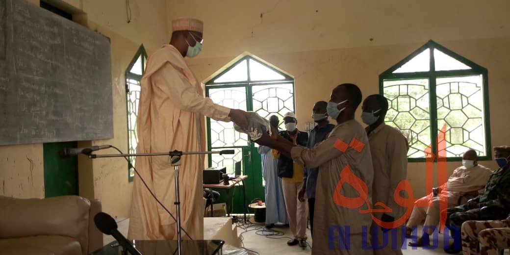 Tchad - Covid 19 : Prise de contact entre le gouverneur de la province de Mongo et la population : ©️ Béchir Badjoury/Alwihda Info