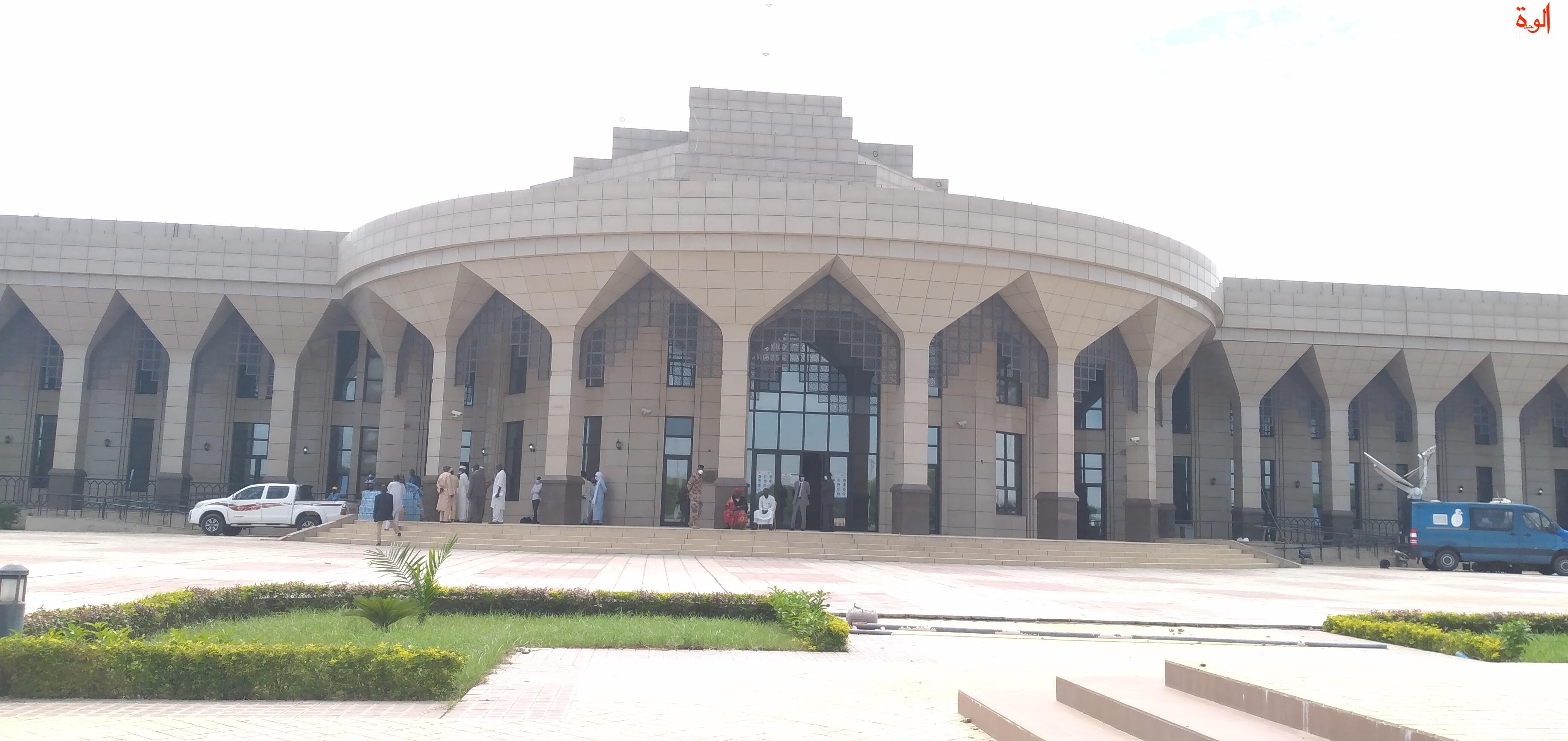 Le Palais de la démocratie, siège de l'Assemblée nationale du Tchad, le 7 août 2020 © Ben Kadabio/Alwihda Info
