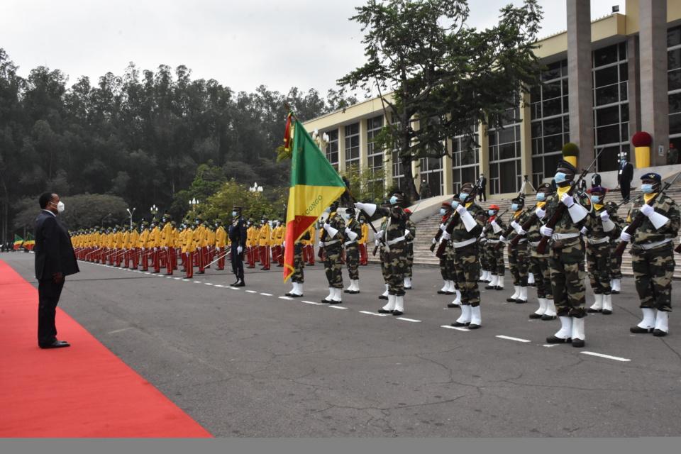 Une vue de la cérémonie de prise d'armes