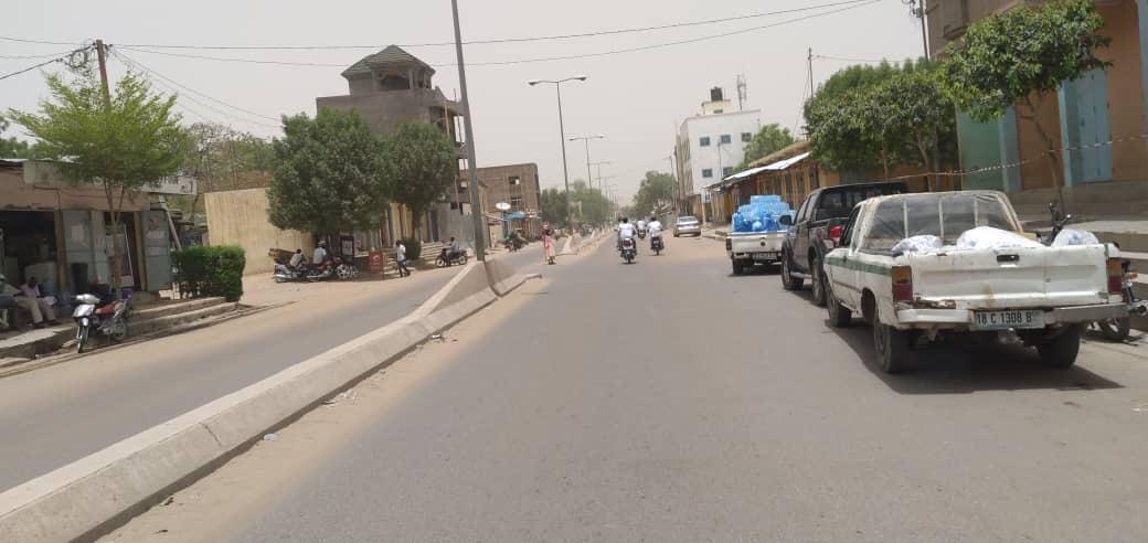 Une rue à N'Djamena, au Tchad. Illustration © Ben Kadabio/Alwihda Info