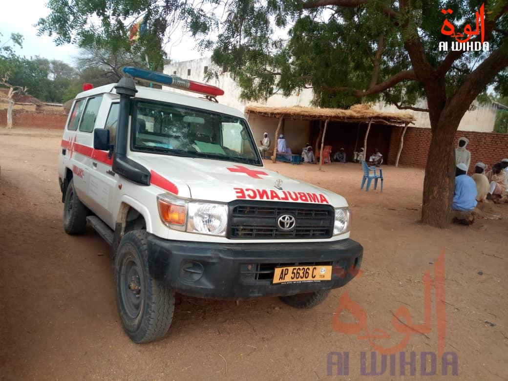 Une ambulance au Tchad. Illustration © Béchir Badjoury/Alwihda Info