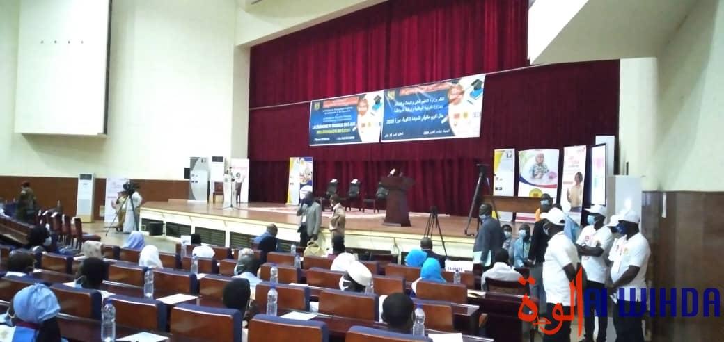 Tchad - baccalauréat : les trois meilleurs lycées honorés, 100% de réussite à Sacré-Coeur. © Alwihda Info