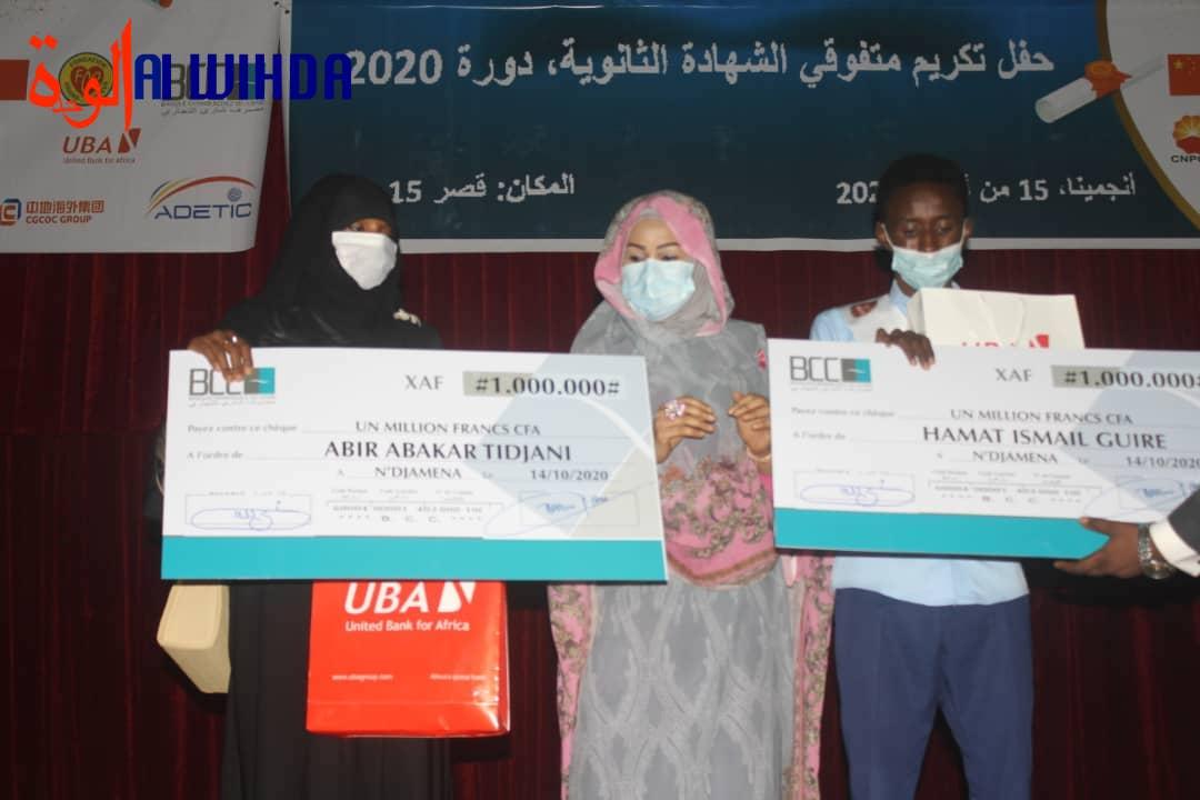 Tchad : le meilleur des meilleurs bacheliers est du lycée Ibnou Cina de N'Djamena. ©Alwihda Info