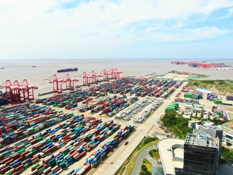 Photo taken on Sept. 23 shows the Yangshan deep water port of Shanghai. Photo by Hao Donglei/ People's Daily