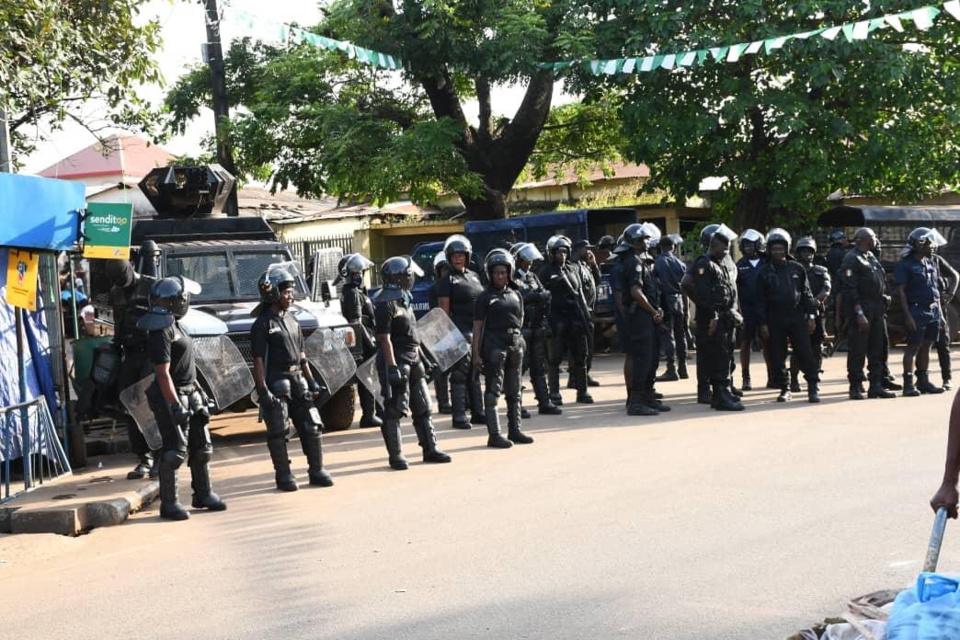 Guinée : l'opposant Cellou Dalein Diallo encerclé à son domicile