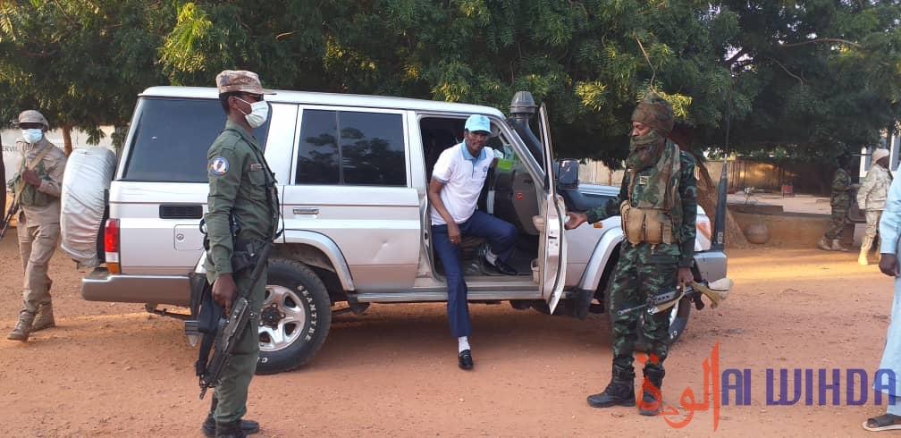 Tchad : au Sila, le gouverneur au chevet du personnel soignant de Goz Beida