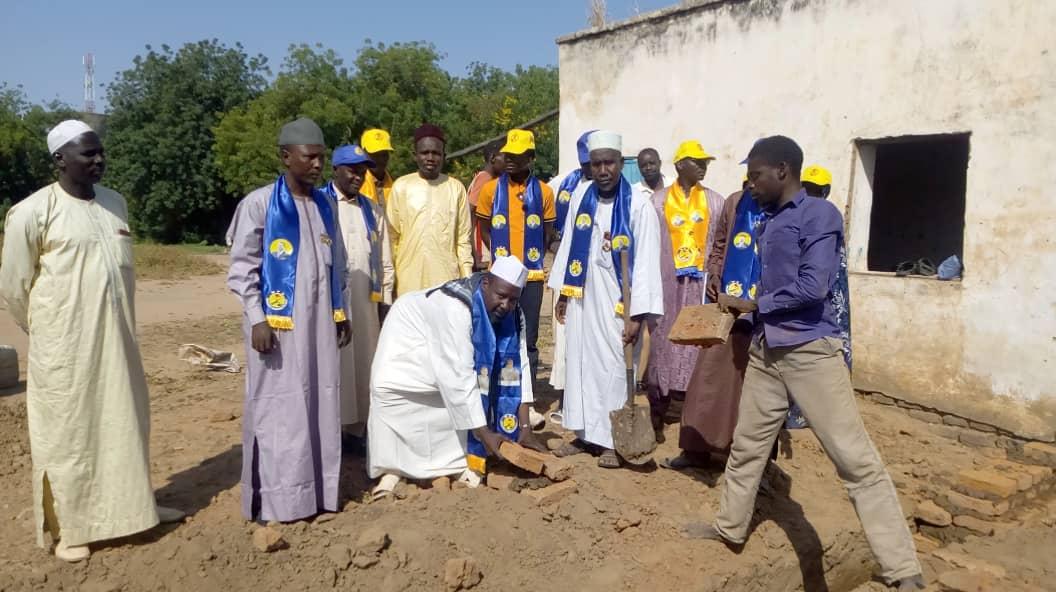 Tchad : pose de la pierre de construction d'un siège départemental du MPS à Koukou Angarana