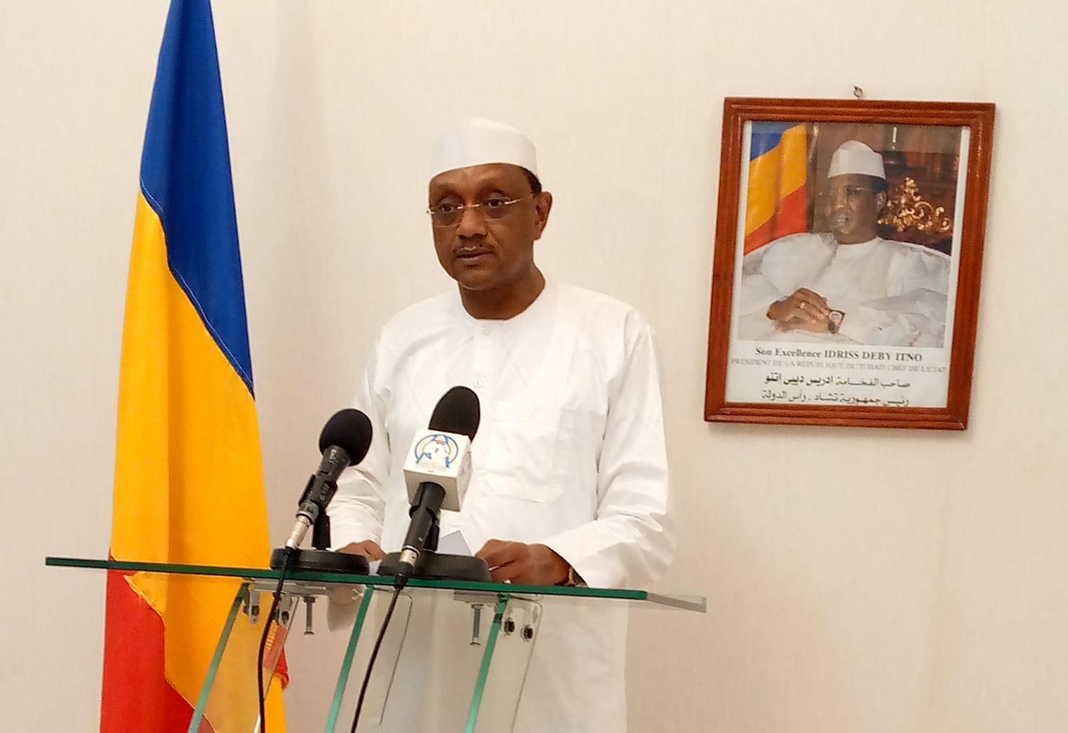 Le ministre de la Communication, porte-parole du Gouvernement, l'Ambassadeur Chérif Mahamat Zène. © Min.Com