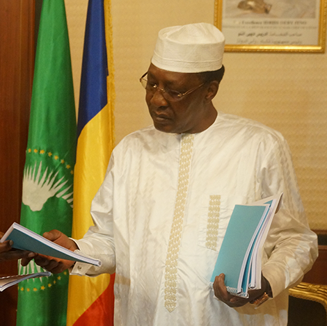Tchad : le chef de l'État nomme un ambassadeur en France
