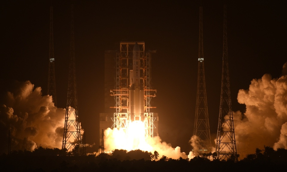 China launches Chang'e-5 mission via Long March-5 rocket to retrieve Moon rocks at Wenchang Space Launch Center from South China's Hainan Province early Tuesday morning. Photo: Li Dike