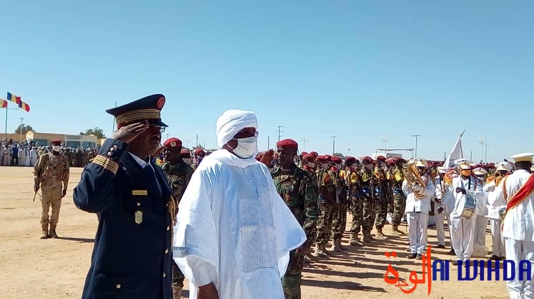 Tchad : cérémonie de prise d'armes à Abéché pour la fête du 1er décembre