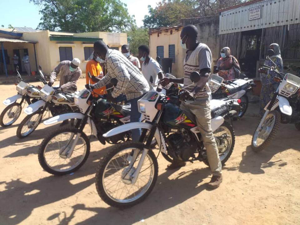 Tchad : la délégation sanitaire du Guéra réceptionne un don de motocross
