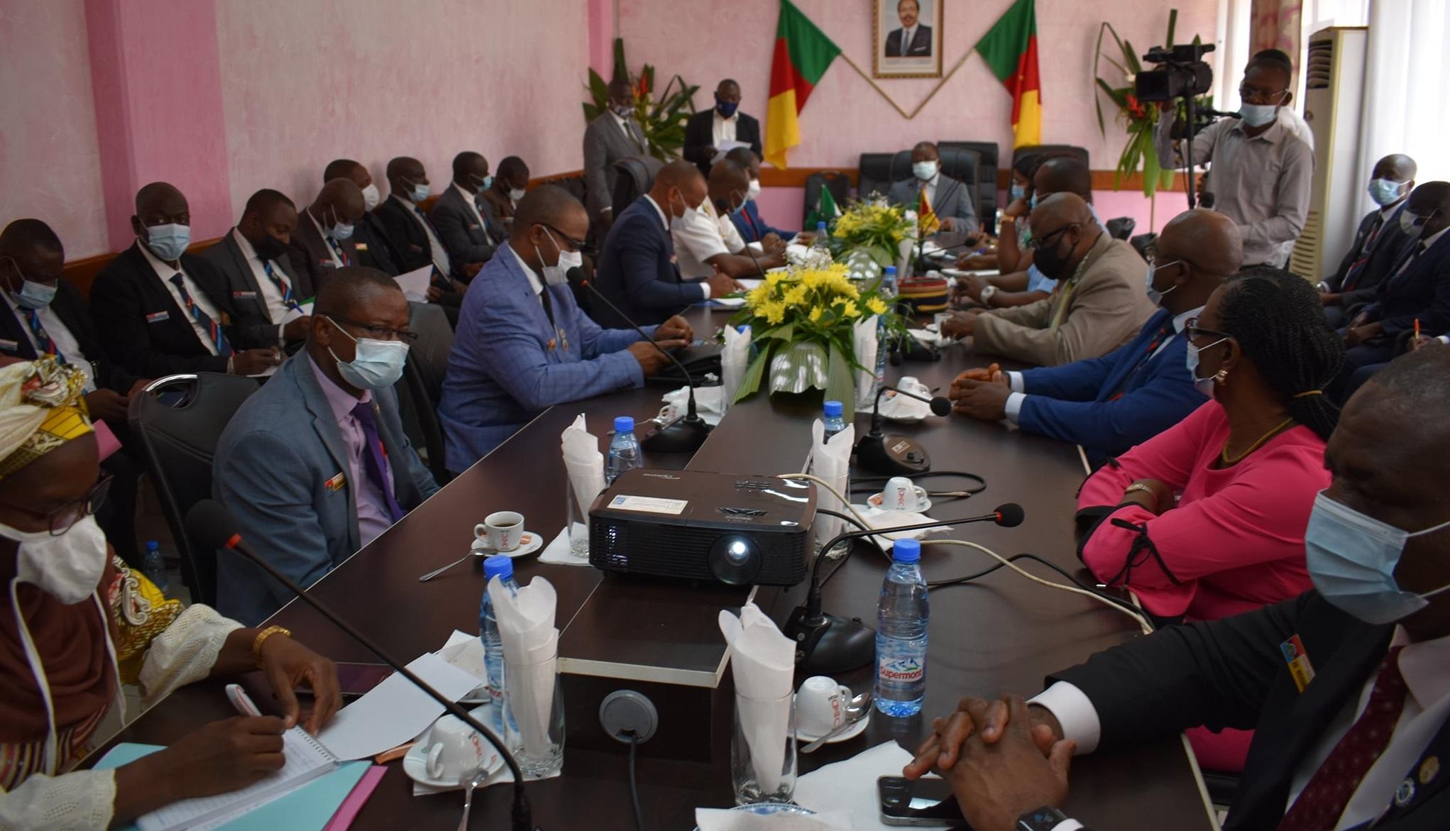 Cameroun : Le numérique au centre de la visite de l'Ecole de la Défense Nationale du Nigeria