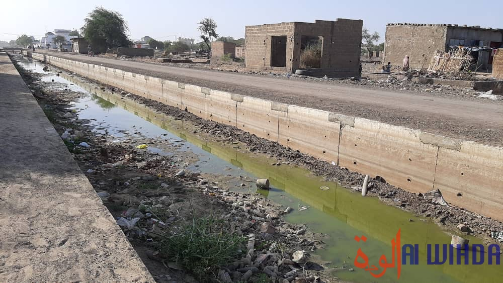 Tchad : Les caniveaux transformés en dépotoirs d'ordures à N'Djamena
