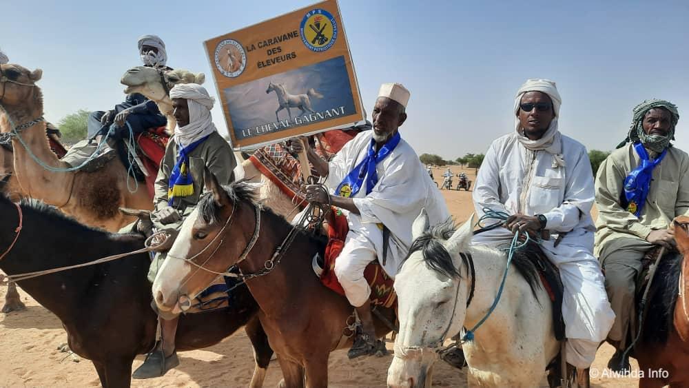"""Élections au Tchad : """"La caravane des éleveurs"""" en campagne de proximité au Batha"""