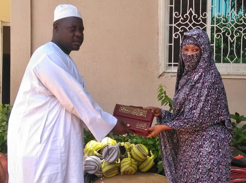 Tchad : le personnel de la CNPS remet des dons à l'approche du Ramadan