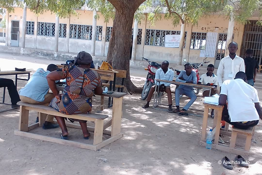 Un bureau de vote dans le 7ème arrondissement de N'Djamena. ©Steve Djékonar/Alwihda Info