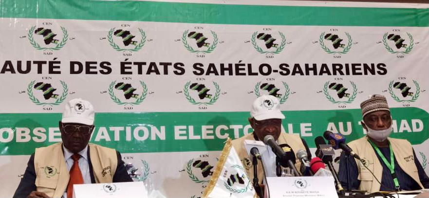 """Élections au Tchad : """"l'atmosphère du scrutin était apaisée"""" (mission CEN-SAD). © CEN-SAD"""