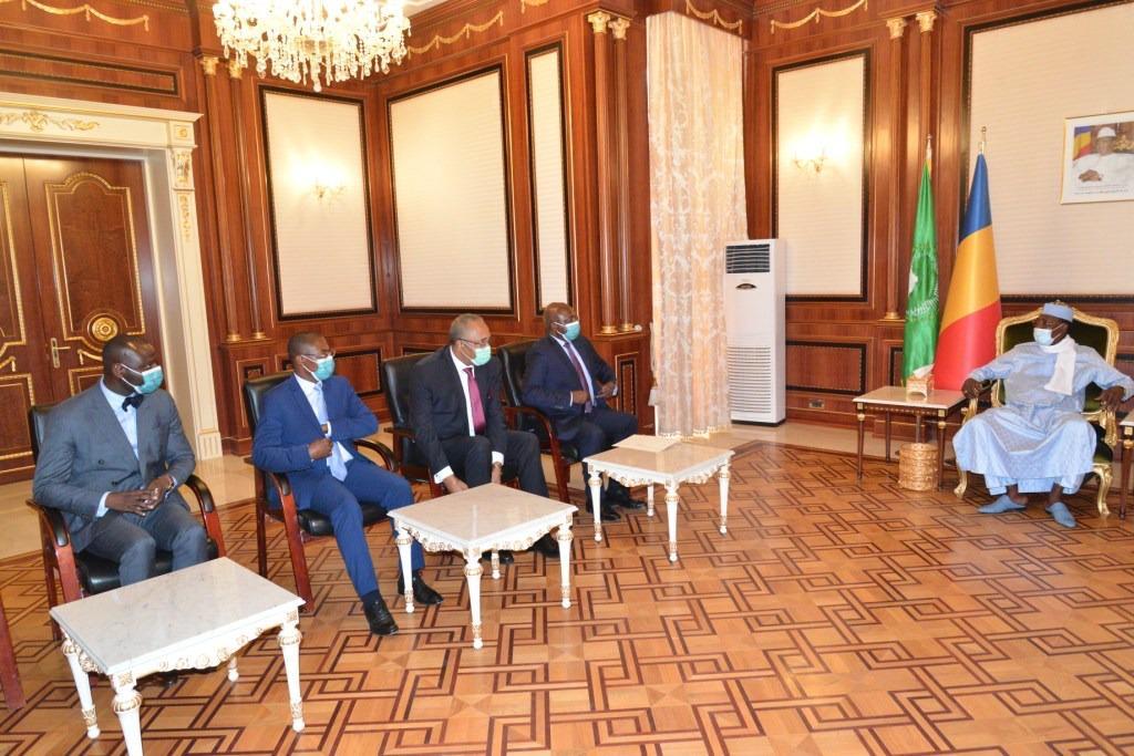 Tchad : Un émissaire angolais reçu par le président Idriss Deby