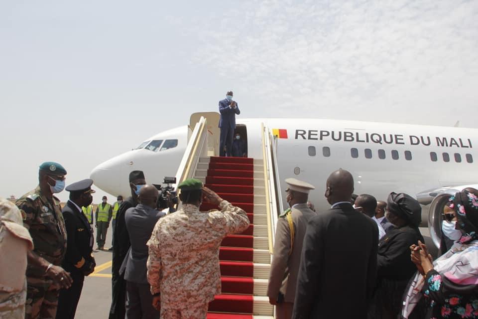 Le président malien en route pour le Tchad à la tête d'une délégation