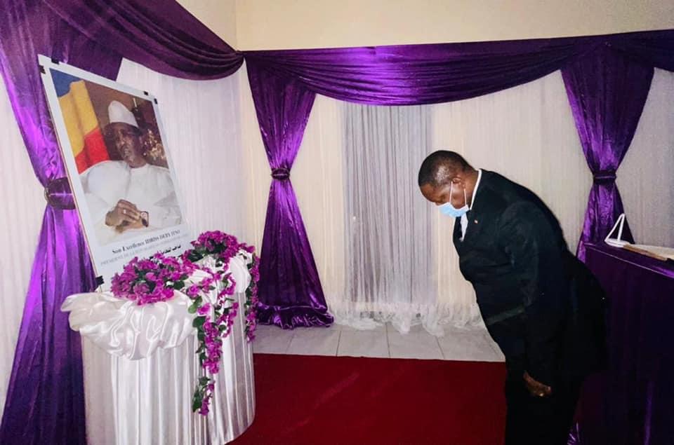 Le Premier ministre centrafricain rend hommage à Idriss Deby
