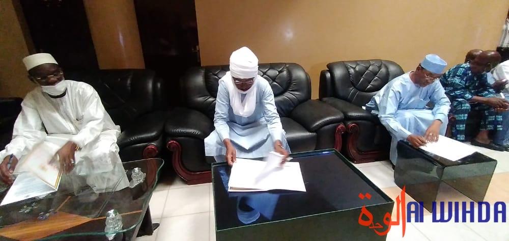 Tchad : le ministre Mahamat Ahmat Alhabo promet de mettre de l'ordre