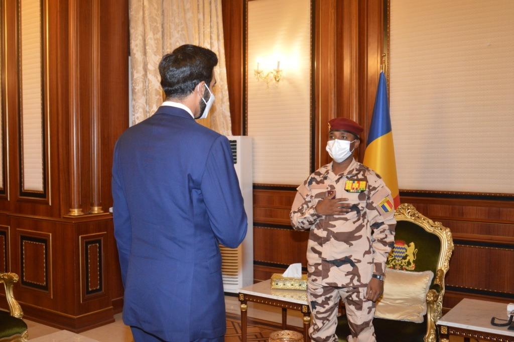 Tchad : le chef de la diplomatie émiratie reçu à la Présidence. © PR