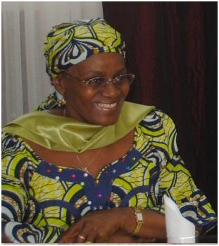 Cameroun : le Pr Catherine Abena Ondoa dénonce les violences faites aux femmes