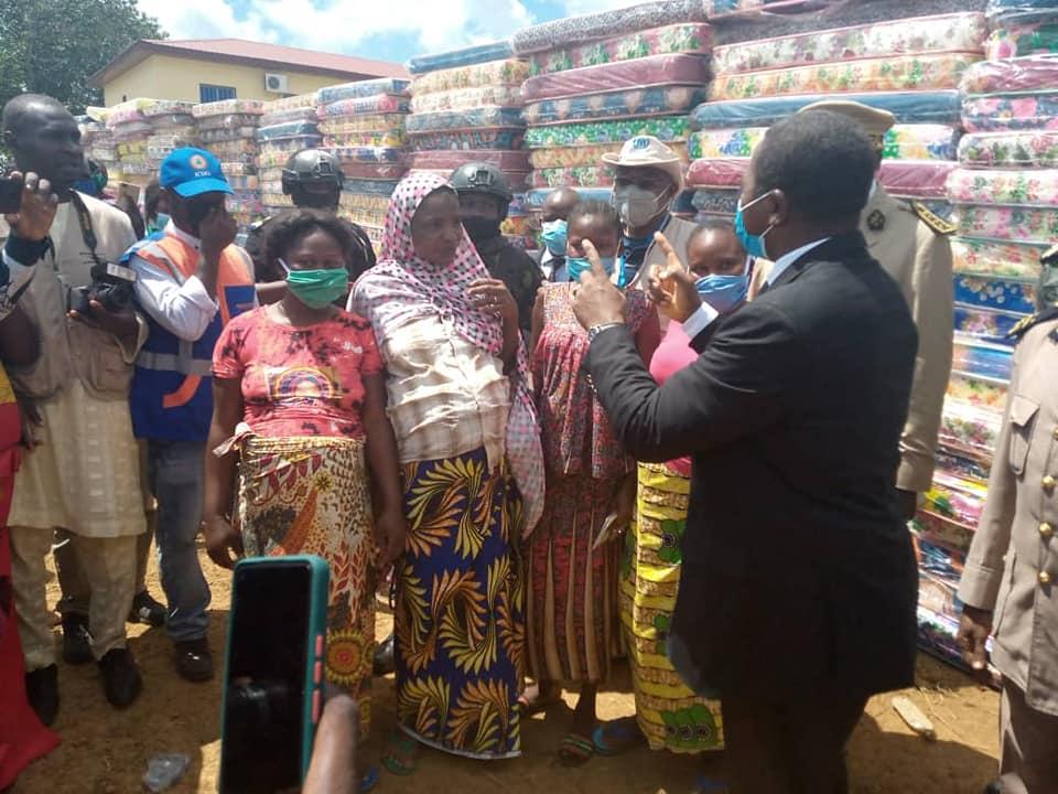 Cameroun : Paul Biya vole au secours des réfugiés centrafricains de la région de l'Est