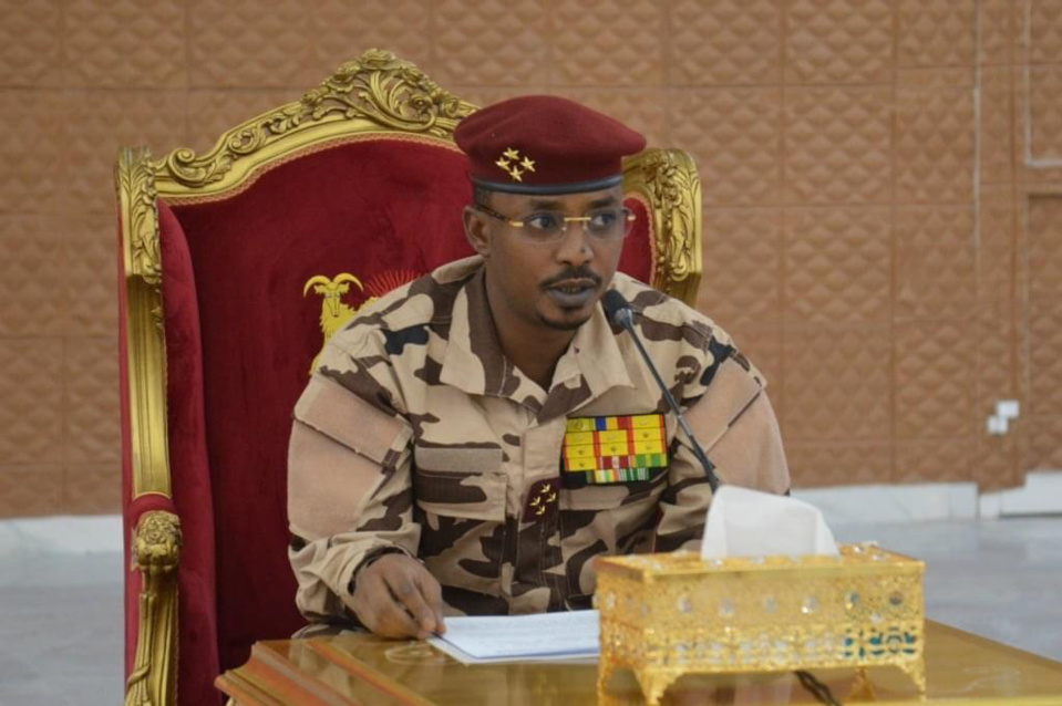 Tchad : Mahamat Idriss Deby donne des instructions au personnel de la Présidence