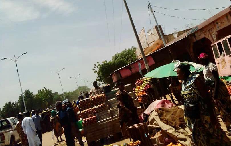 Tchad : des vendeuses de fruits déguerpies de l'avenue du 10 octobre à N'Djamena
