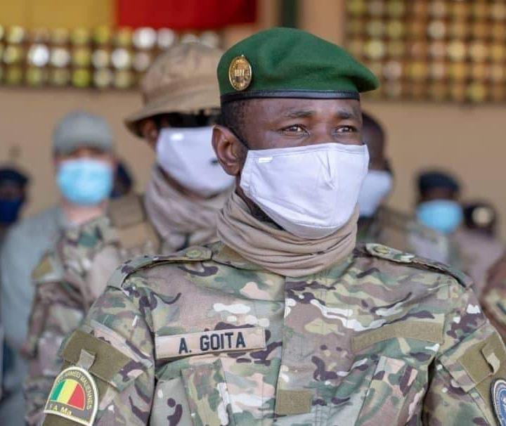Mali : le président échappe à une tentative d'assassinat au couteau