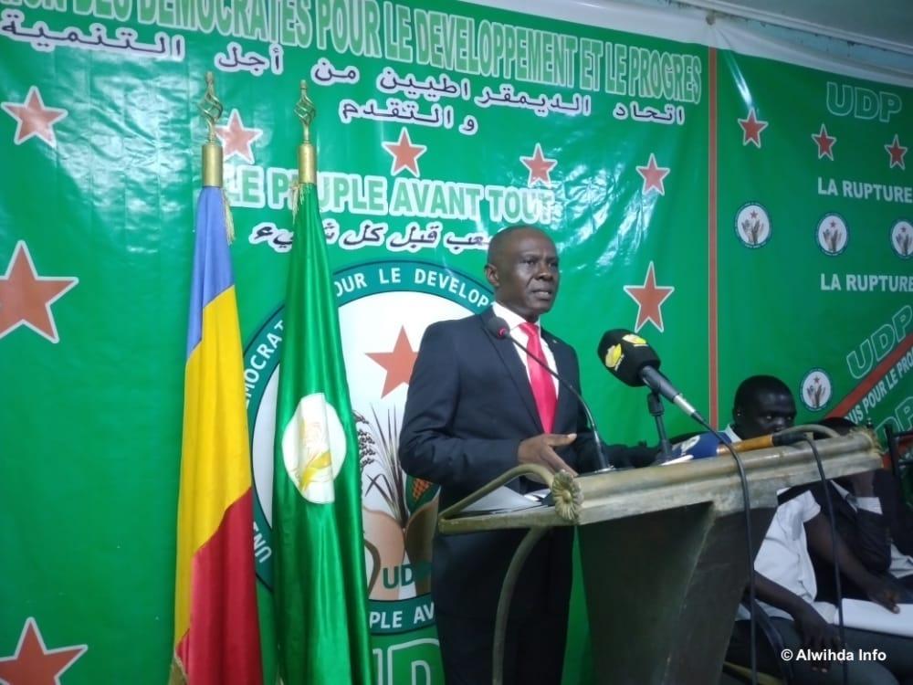 """Tchad : """"le futur est totalement incertain voire menaçant"""", estime l'opposant Max Kemkoye"""