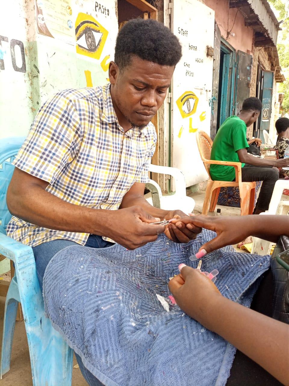 Tchad : la manucure-pédicure, un secteur porteur et générateur de revenus