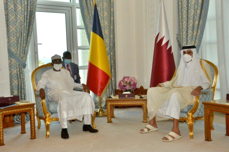 Tchad-Qatar : entretien à Doha entre le président du CMT et l'Émir