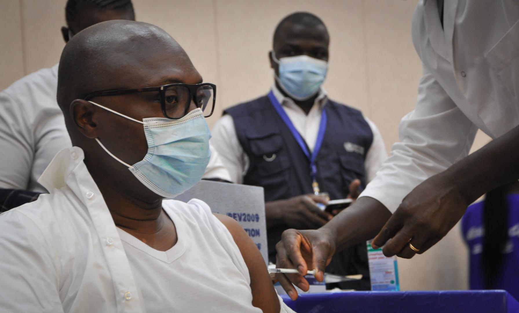 Togo : vaccination anti Covid-19 élargie aux personnes âgées de 18 ans et plus