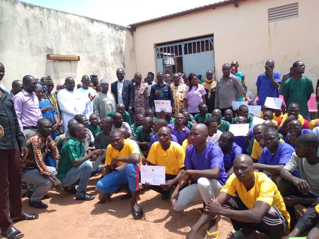 Tchad : des détenus de Moundou reçoivent leurs attestations de formation
