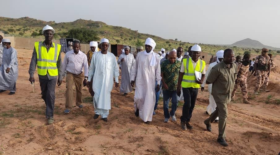 Tchad : une mission du ministre de l'Hydraulique inspecte des chantiers au Ouaddaï