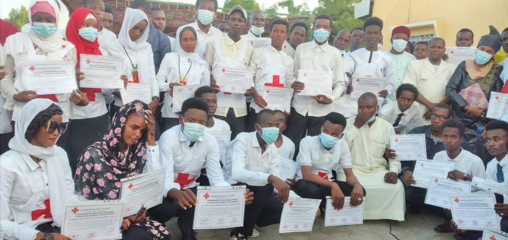 Tchad : 50 jeunes reçoivent leur brevet d'équipiers brigadiers de la Croix-Rouge