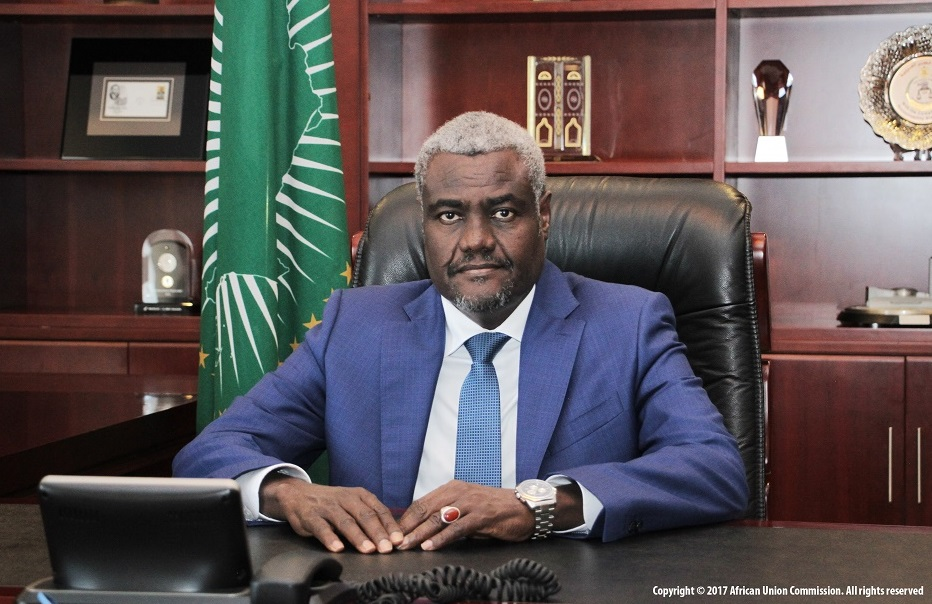 Soudan : Moussa Faki félicite le peuple pour l'échec du coup d'État