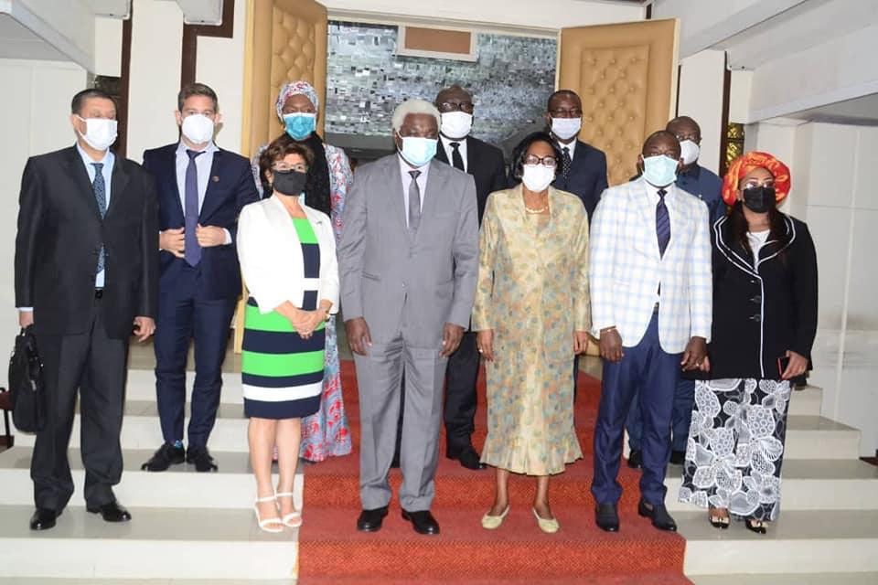 La délégation de CGLU Afrique avec le maire de Libreville et son équipe.