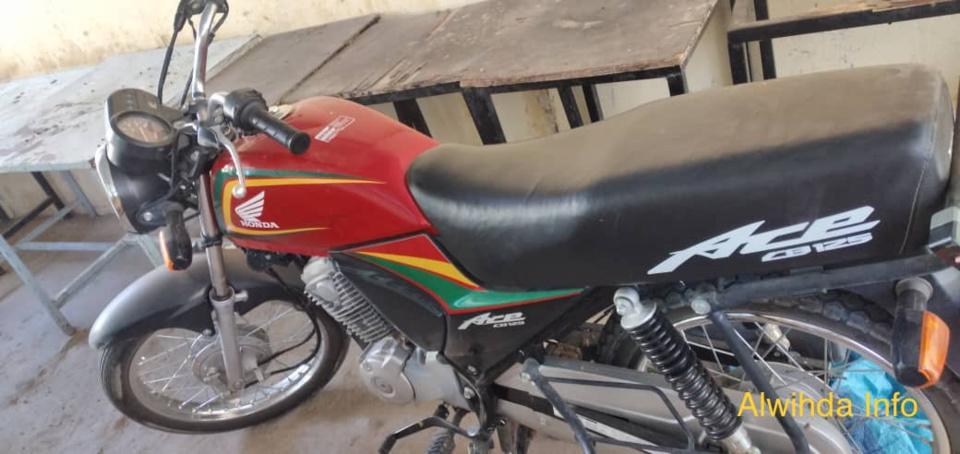 Tchad : des étudiants saisissent l'arme, la moto et le téléphone d'un agent de renseignement