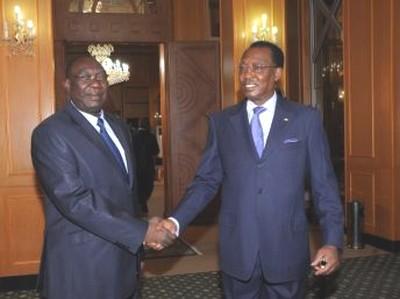 Michel Djotodia (gauche) et Idriss Déby (droite) au Palais Présidentiel. N'Djamena.