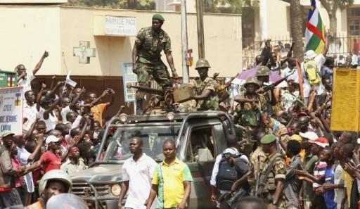 Des soldats centrafricains à Bangui, en janvier dernier après les accords de Libreville. © REUTERS/Luc Gnago