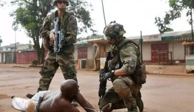 Centrafrique. L'un des rares musulmans à avoir évité le lynchage grâce à l'intervention de l'armée française. Crédit photo : Sources