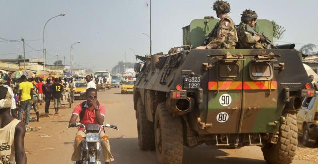 Des soldats français patrouillent en Centrafrique. Crédit : Sipa