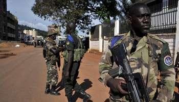 Des soldats de la FOMAC à Bangui. Photo : Issoufou/AFP
