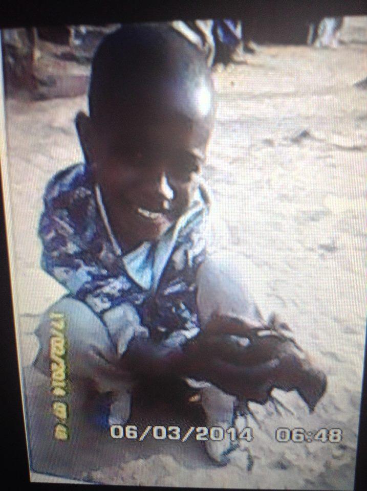 Centrafrique : Il a eu la vie sauve grâce à son poussin !