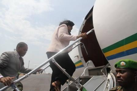 RCA : Déby prête un avion à Samba Panza pour son voyage en Europe