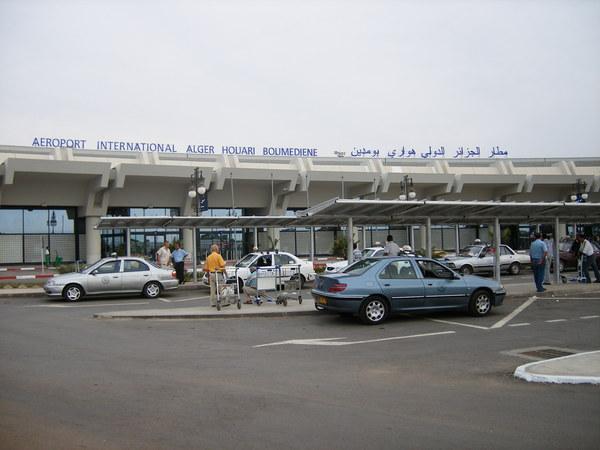 Algérie : Une délégation tchadienne arrêté à l'aéroport d'Alger ?